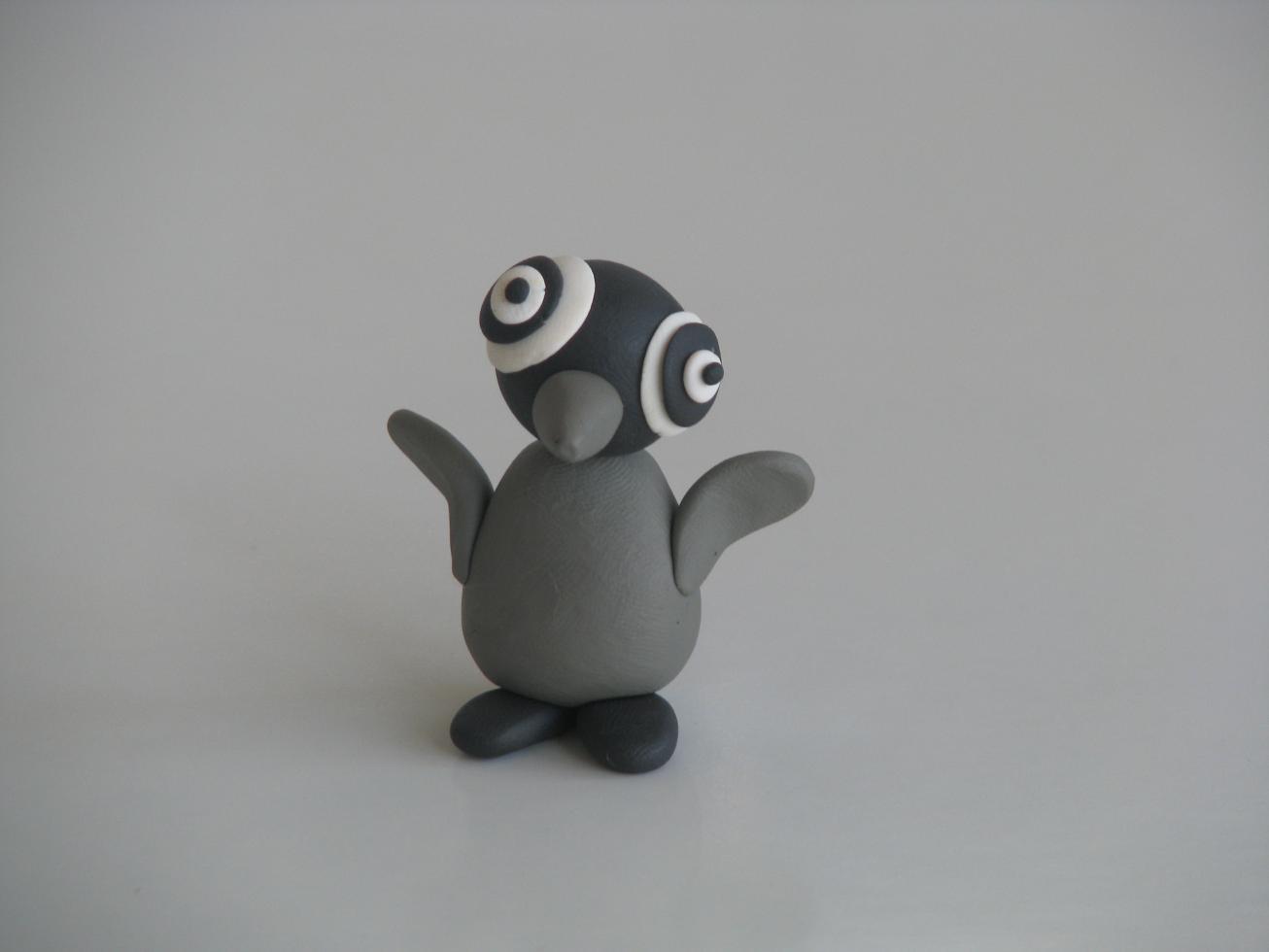 אפרוח פינגווין מפלסטלינה