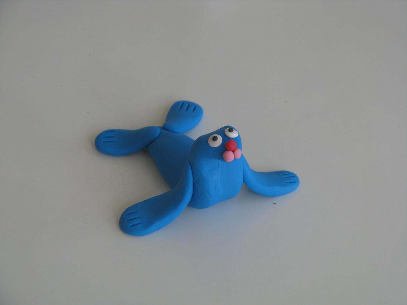 כלב ים מפלסטלינה