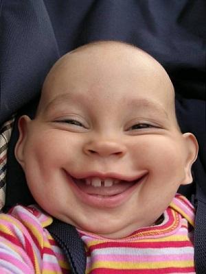 תמונה תינוק שעבר פוטושופ