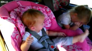 סרטון תינוק הגנגם סטייל
