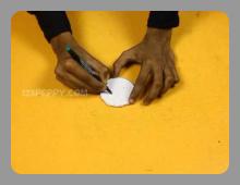 הכנת משחק מגלילי נייר