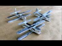יצירה מטוס ממקלות ארטיק